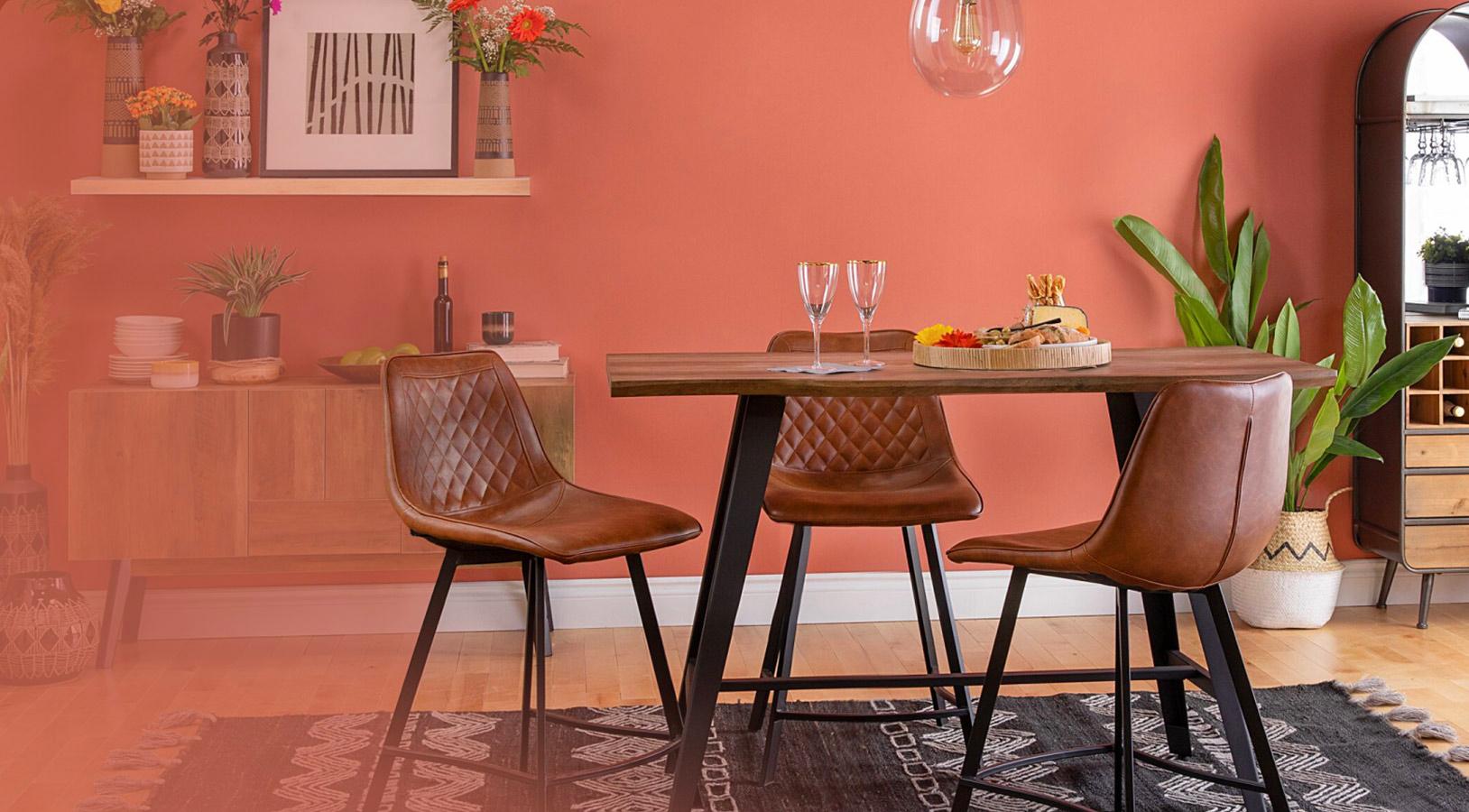 Salle à manger bien décoré pour représenter l'industrie du mobilier et de la maison
